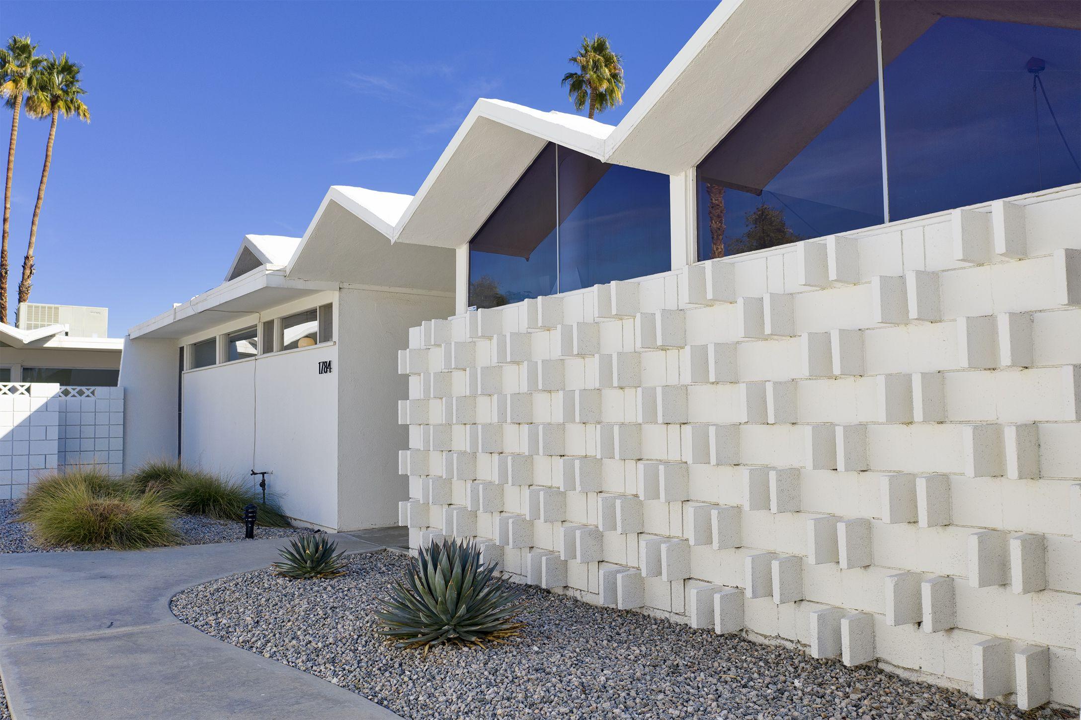 Barry Berkus Designed Condo For Sale In Palm Springs Ca
