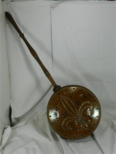 Early French Copper Bed Warmer Fleur De Lis Copper Bed