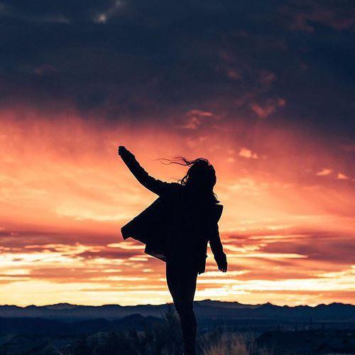 Картинка с тегом «dancing, free, and freedom»