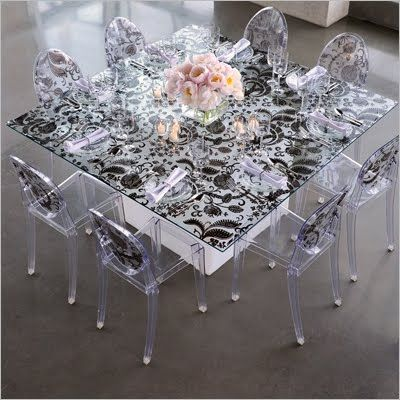 Adorable table and chairs , very elegant .