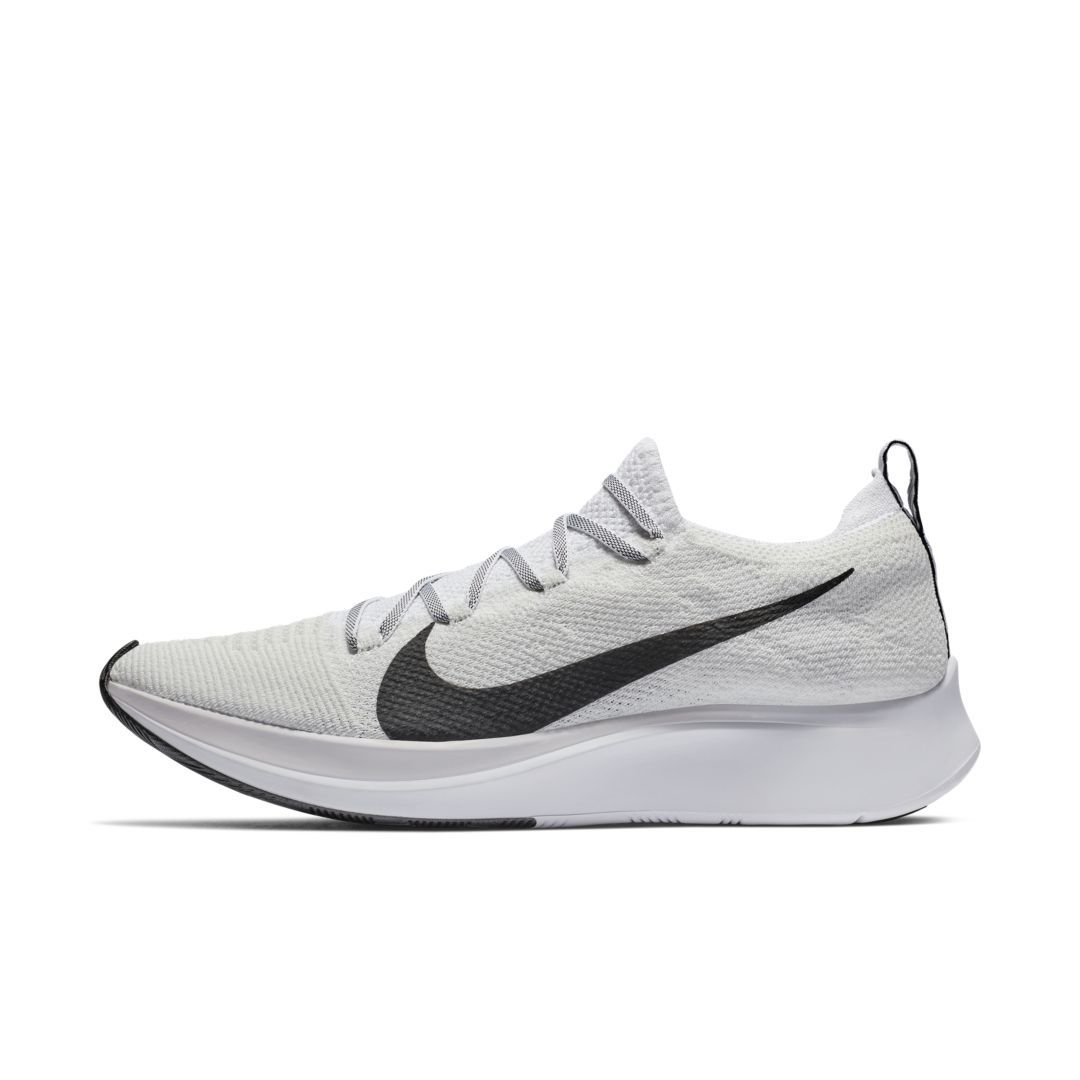 Complicado bobina atleta  Nike Zoom Fly Flyknit Men's Running Shoe Size 12 (White) | Running shoes  for men, Running shoes, Man running