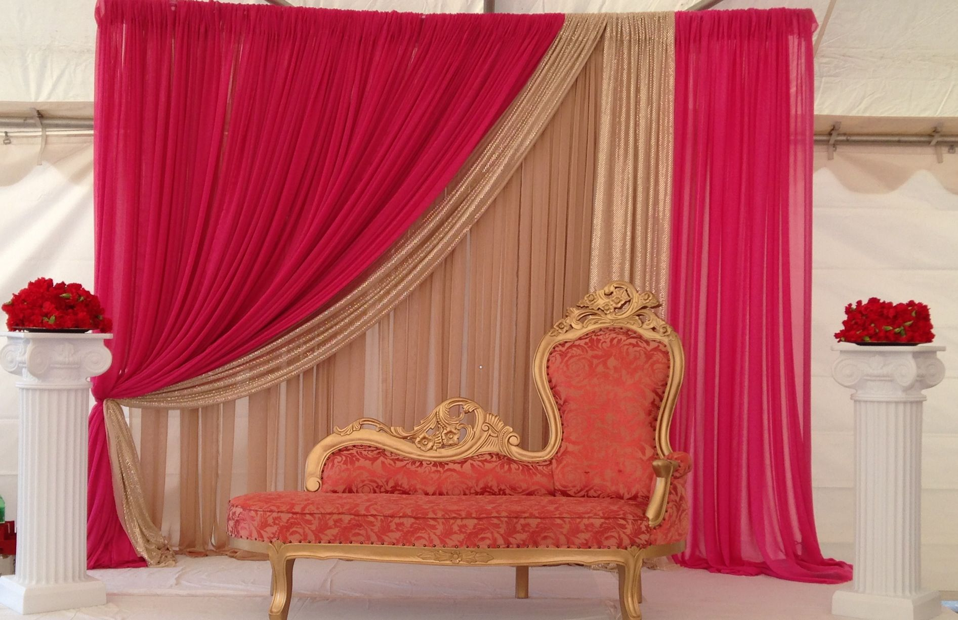 Indian wedding decor pink and red inspired wedding for Wedding decoration design