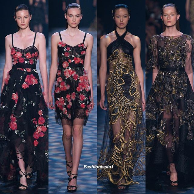 Marchesa Spring/summer 2017  #nyfw #newyorkfashionweek#fashionweek#lategram#ss17#springsummer2017#lookbook#igers#moda#runway#womensfashion#womenswear#fashion#moda#vogue#semanadelamoda#fashionissta1#Marchesa#dress#vestido#saturday#sabado#ss17marchesa