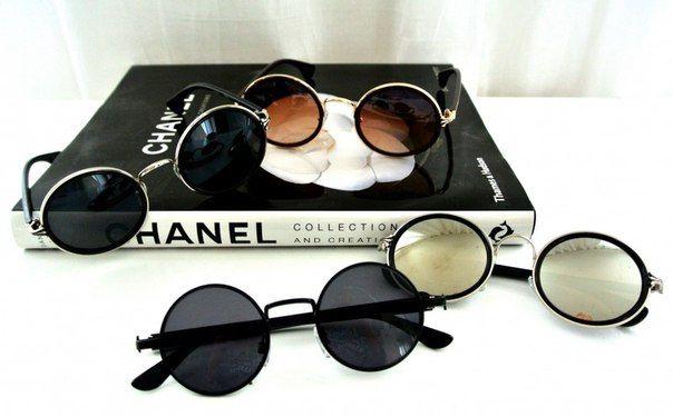 3fa24ca59d5 CHANEL  3 Hippie Glasses  )