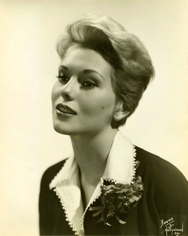 Kim Novak, by Bruno of Hollywood | All things Kim. in 2019 ...