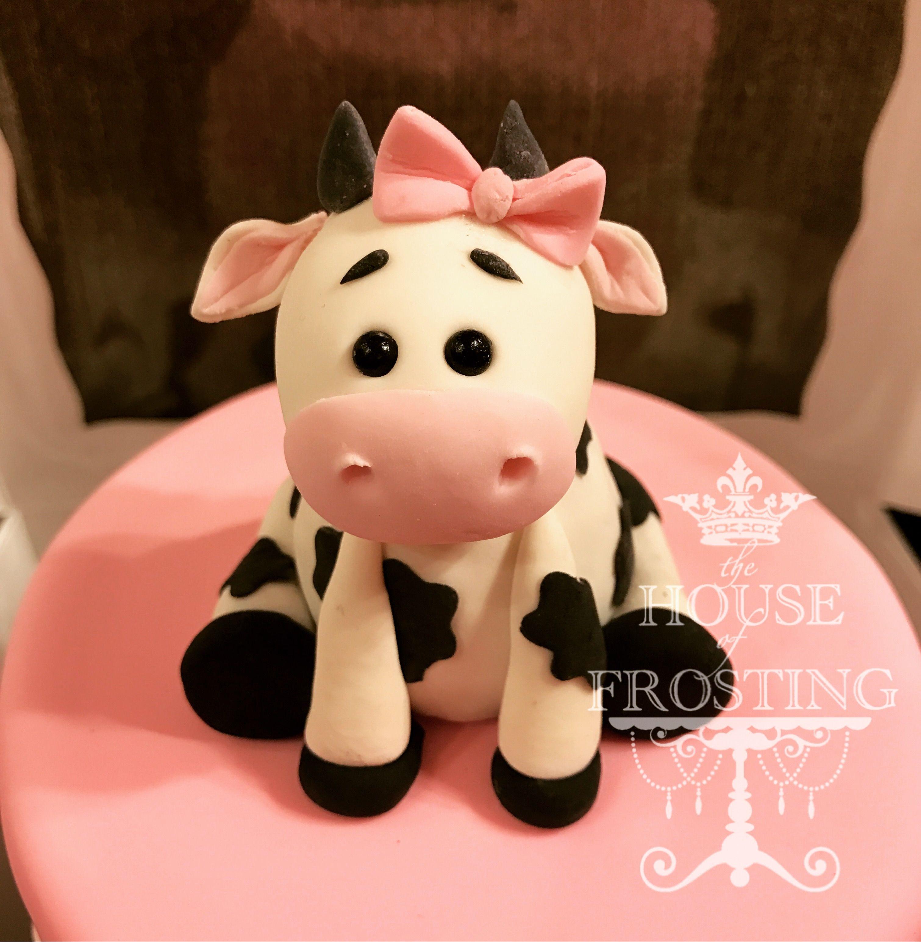 Pink Fondant Cow For Girls Barnyard Birthday Cake Cake Ideas