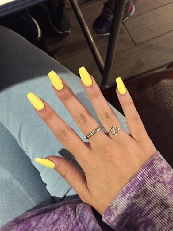Yellow Acrylic Coffin Nails Nailart