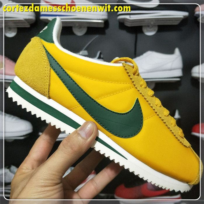 super popular bc8bf 93042 Nike Classic Cortez 876873-700 Nylon Dames Loopschoenen Geel Groen Wit