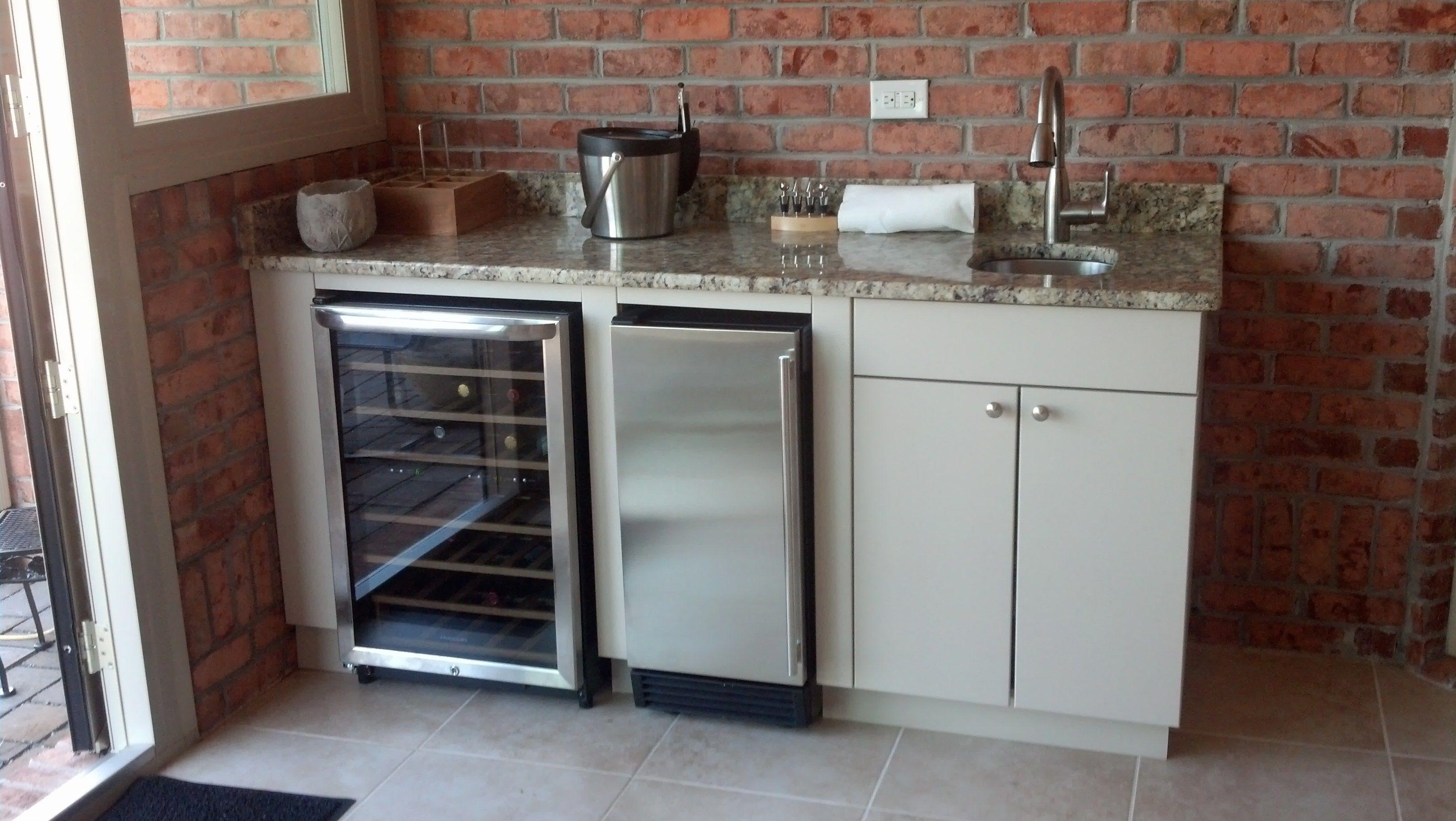 Outdoor Kitchen Refrigerator Ice Maker | Outdoor kitchen ...
