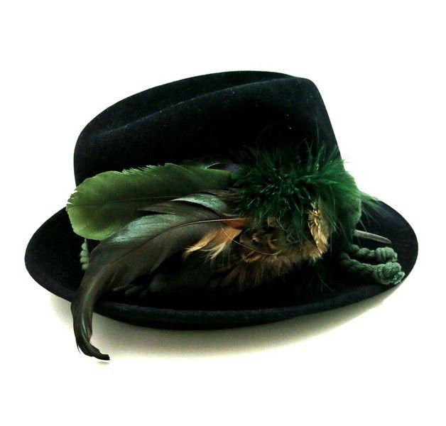 Vintage Trachtenhut mit Feder von Zeitepochen - Shop auf DaWanda.com
