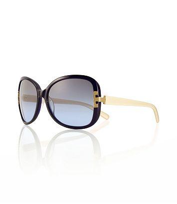 Gafas de sol de gran tamaño cuadrados, con un ambiente ligeramente retro son el último accesorio para los días soleados.