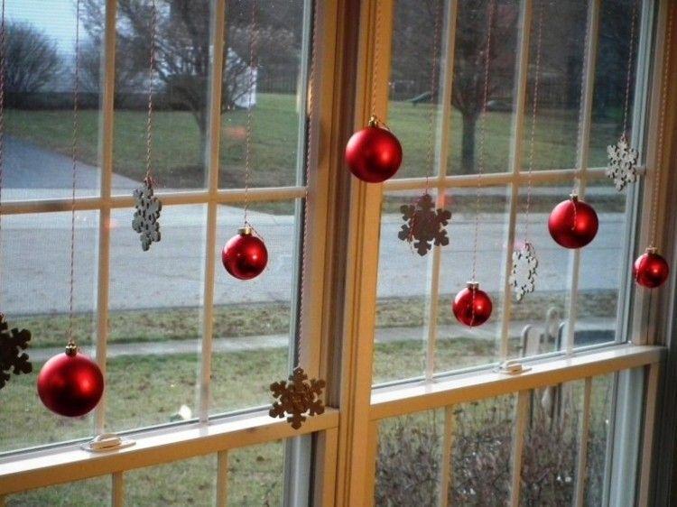 Adornos navideños ventanas de estilo fresco y creativo