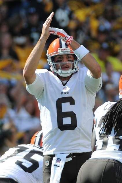 Will Hoyer Stick With Browns If Manziel S Still Here Cleveland Browns Football Cleveland Browns History Browns Fans