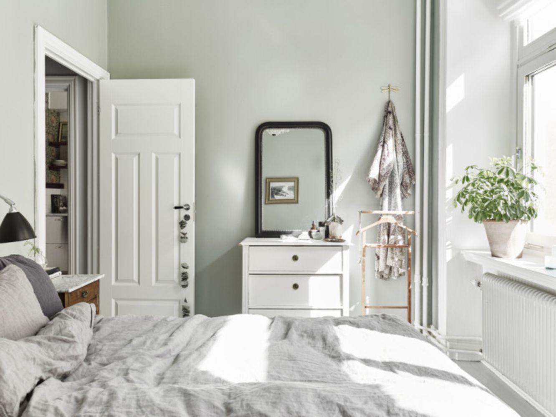 2017 06 calming bedroom colors - Room