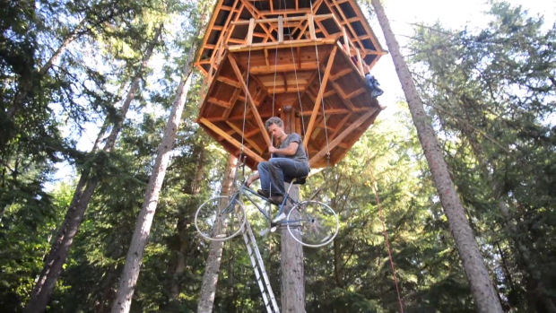 bicycle elevator for a tree house