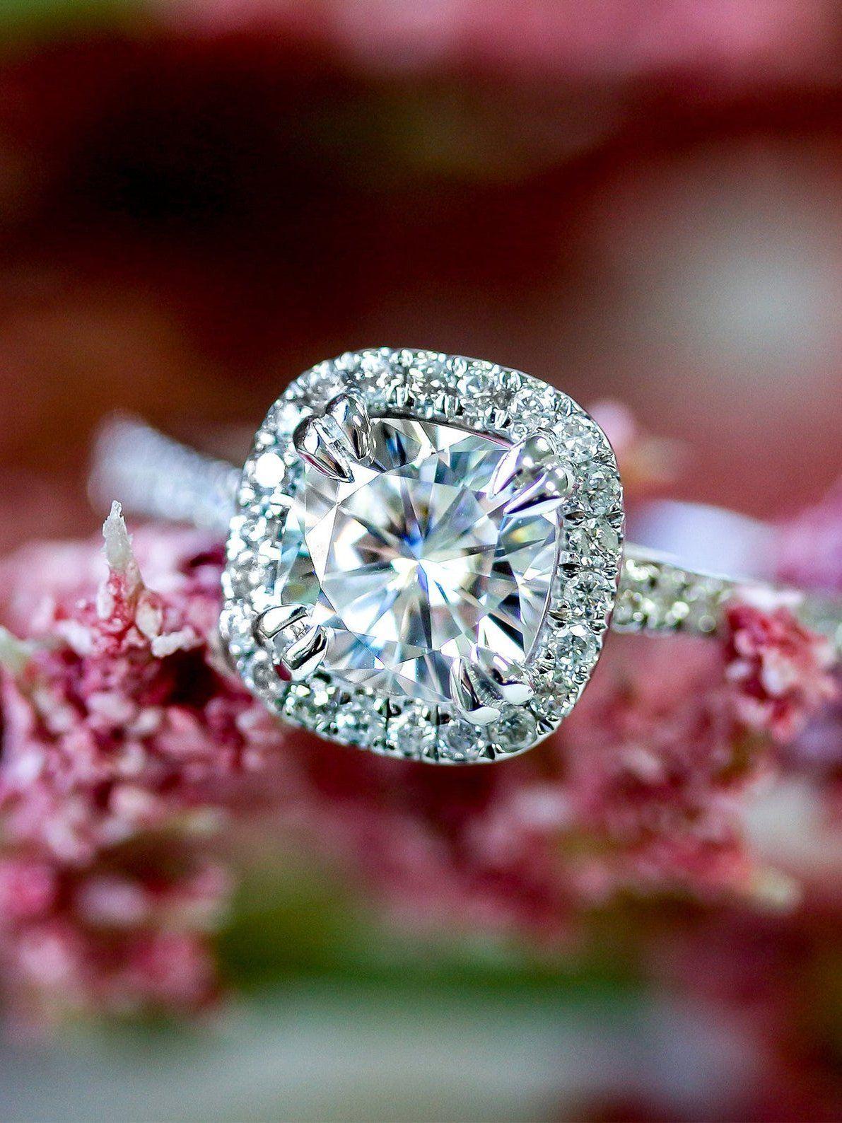 1 1 3 Carats Ct Tw Cushion Halo Moissanite Lab Grown Diamond Engagement Ring In 2020 Lab Grown Diamonds Engagement Halo Diamond Engagement Ring 14k Engagement Ring