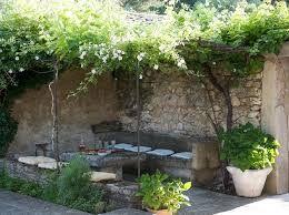 resultado de imagen para jardines rusticos con piedras