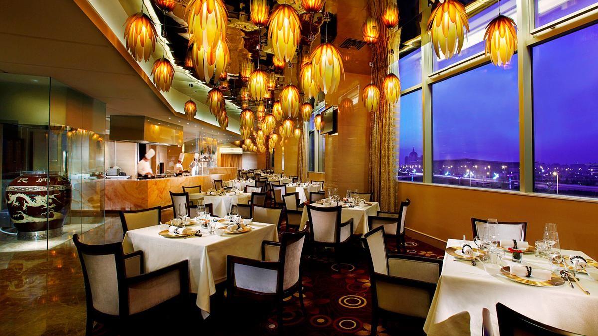 Kempinski Bets On Ningxia S Hopes To Be Capital Of China S New Silk Road China Food Chinese Restaurant Food Table