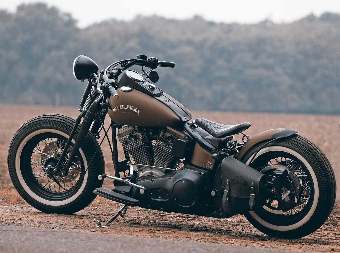 harley davidson bobber an amazing bike to ride harleydavidsonstreetrod. Black Bedroom Furniture Sets. Home Design Ideas