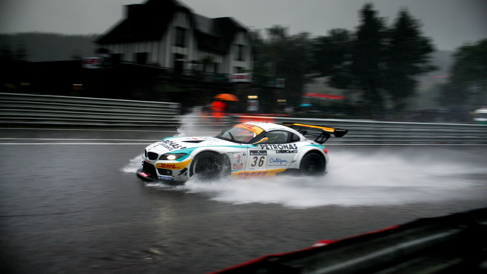 Bmw Rain Race Hd Car Wallpaper Http Carwallpaper Org Bmw Rain