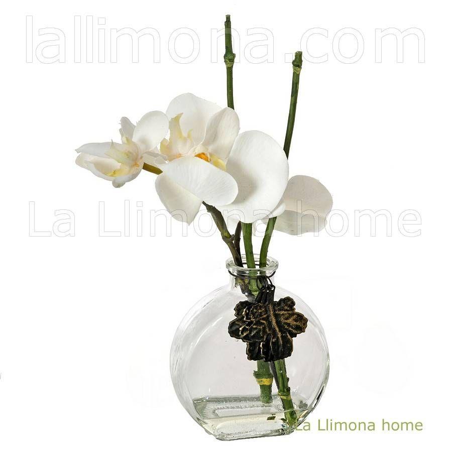 Arreglo floral montado en un jarr n con orquideas - Plantas artificiales ...