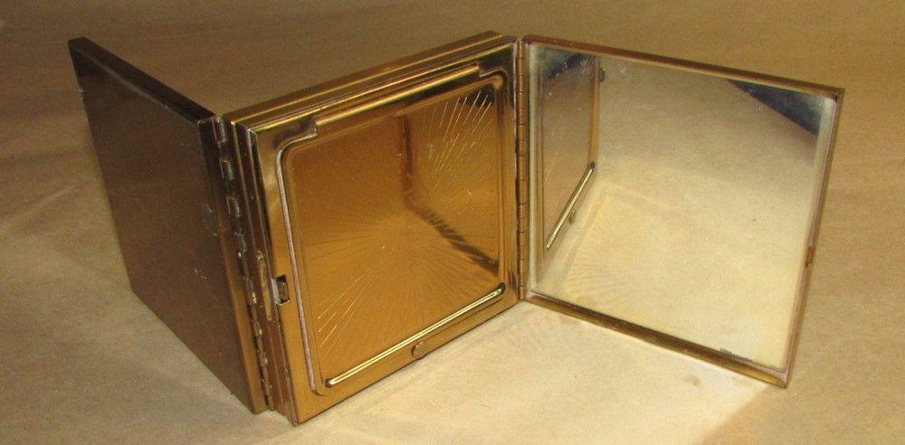VINTAGE 1950S CIGARETTE CASE POWDER COMPACT TOBACCIANA PILCHER MAKEUP COMPACT
