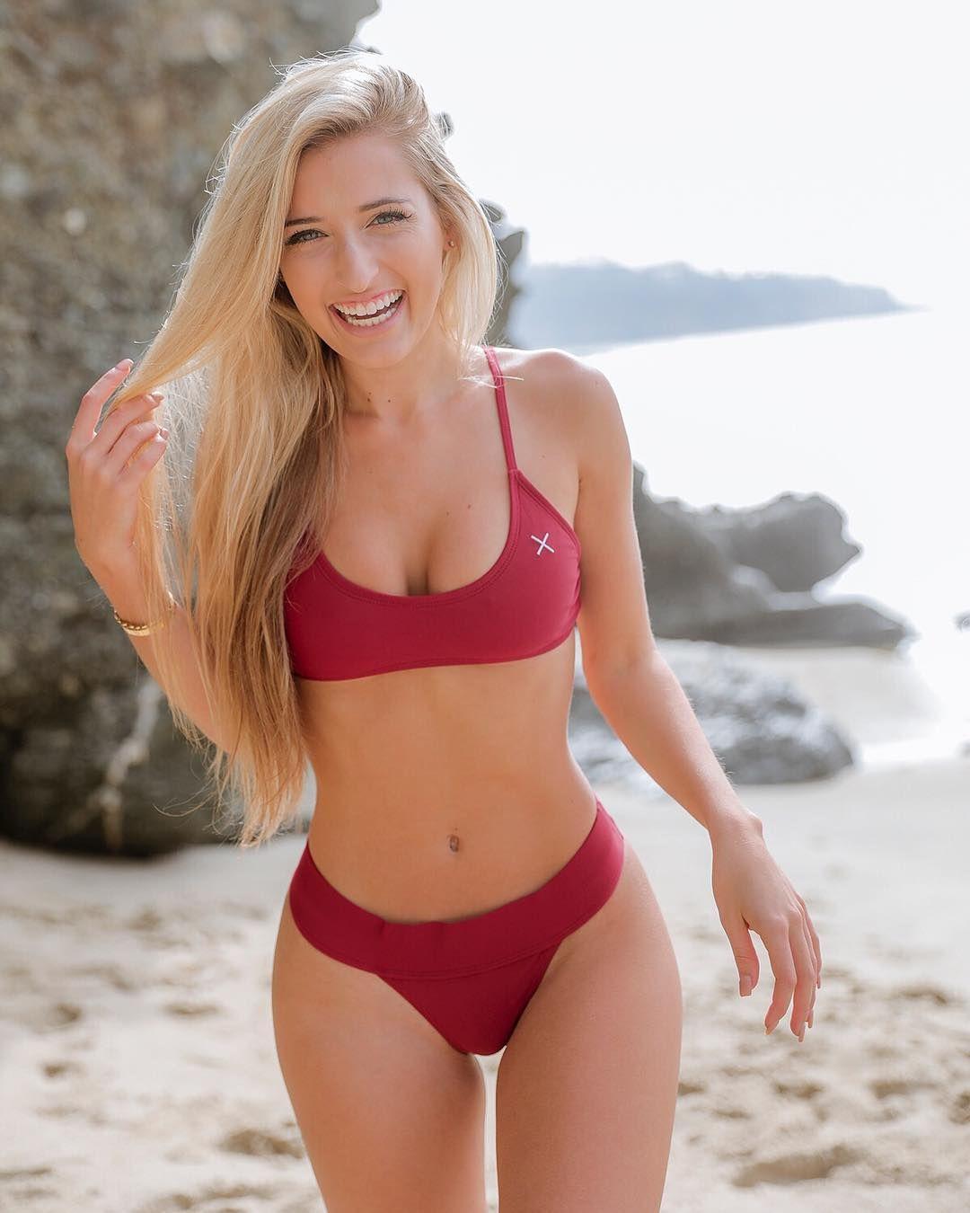 Nonnude bikini model
