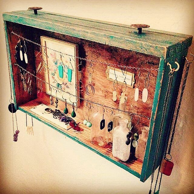 old #drawer #upcycled into #jewelry #holder By @sodapopgirl #recyclart
