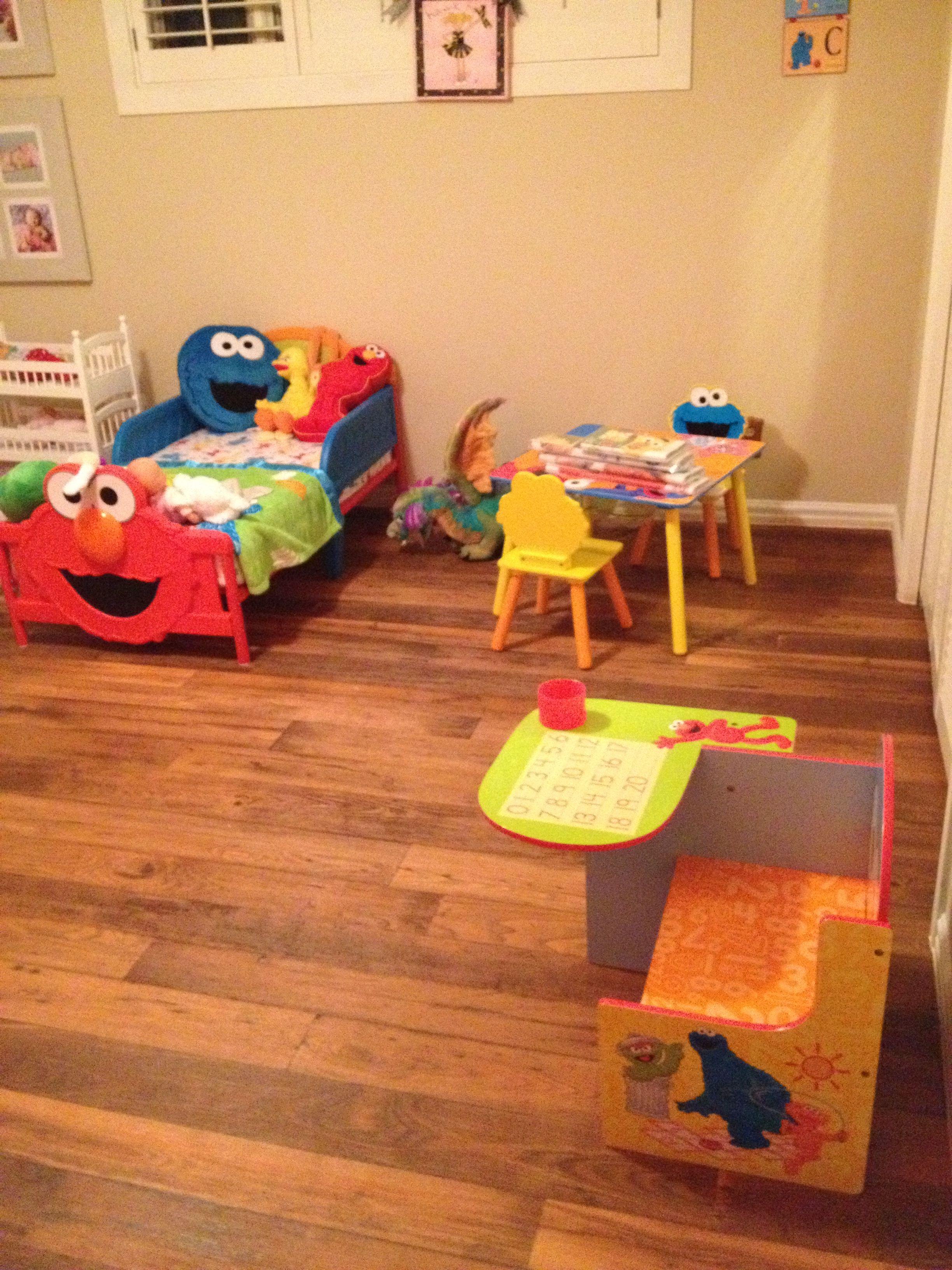 Sesame Street Toddler Bedroom Furniture Sesame Street Bedroom