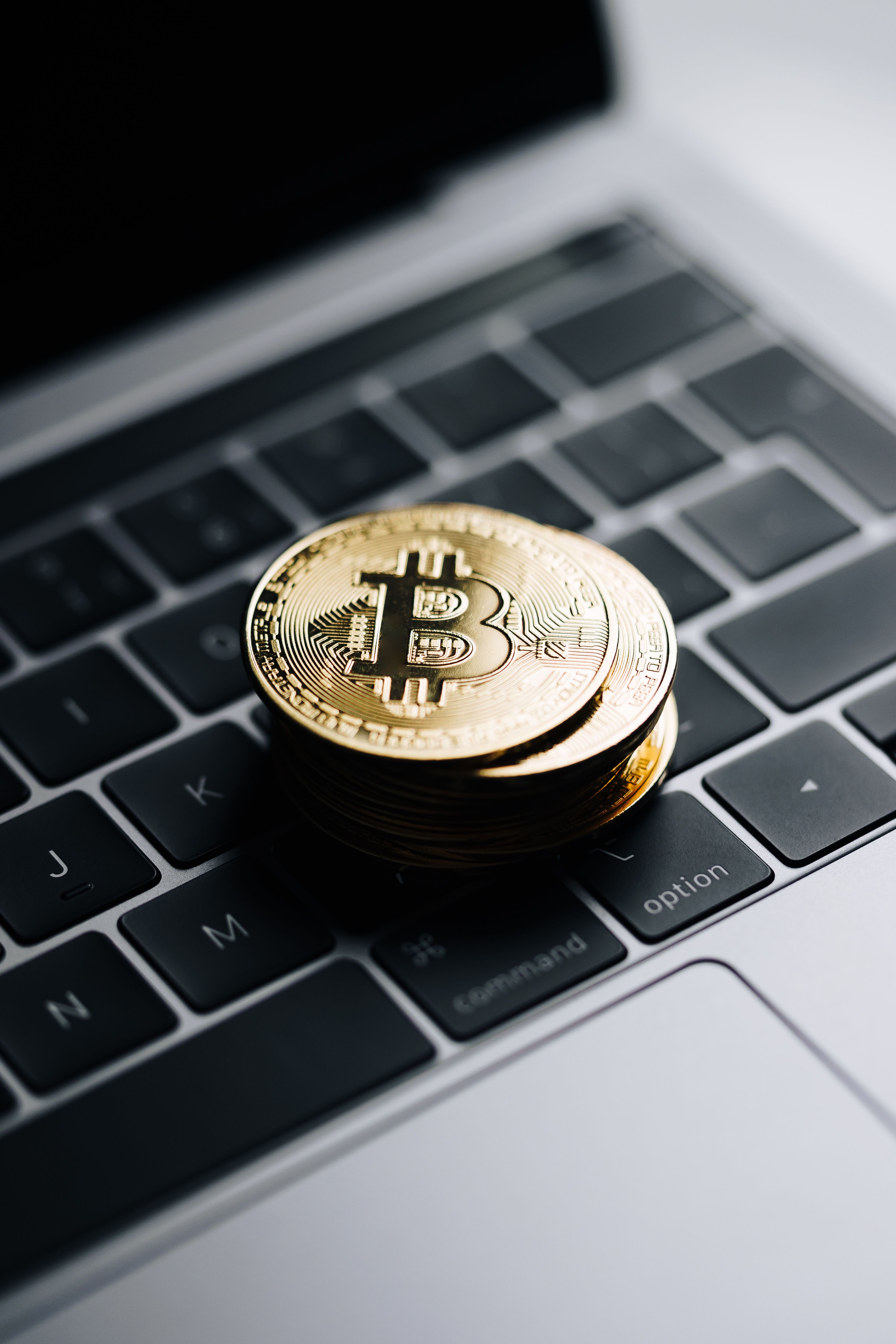 Free Image Bitcoin Coins Vertical Wallpaper Download