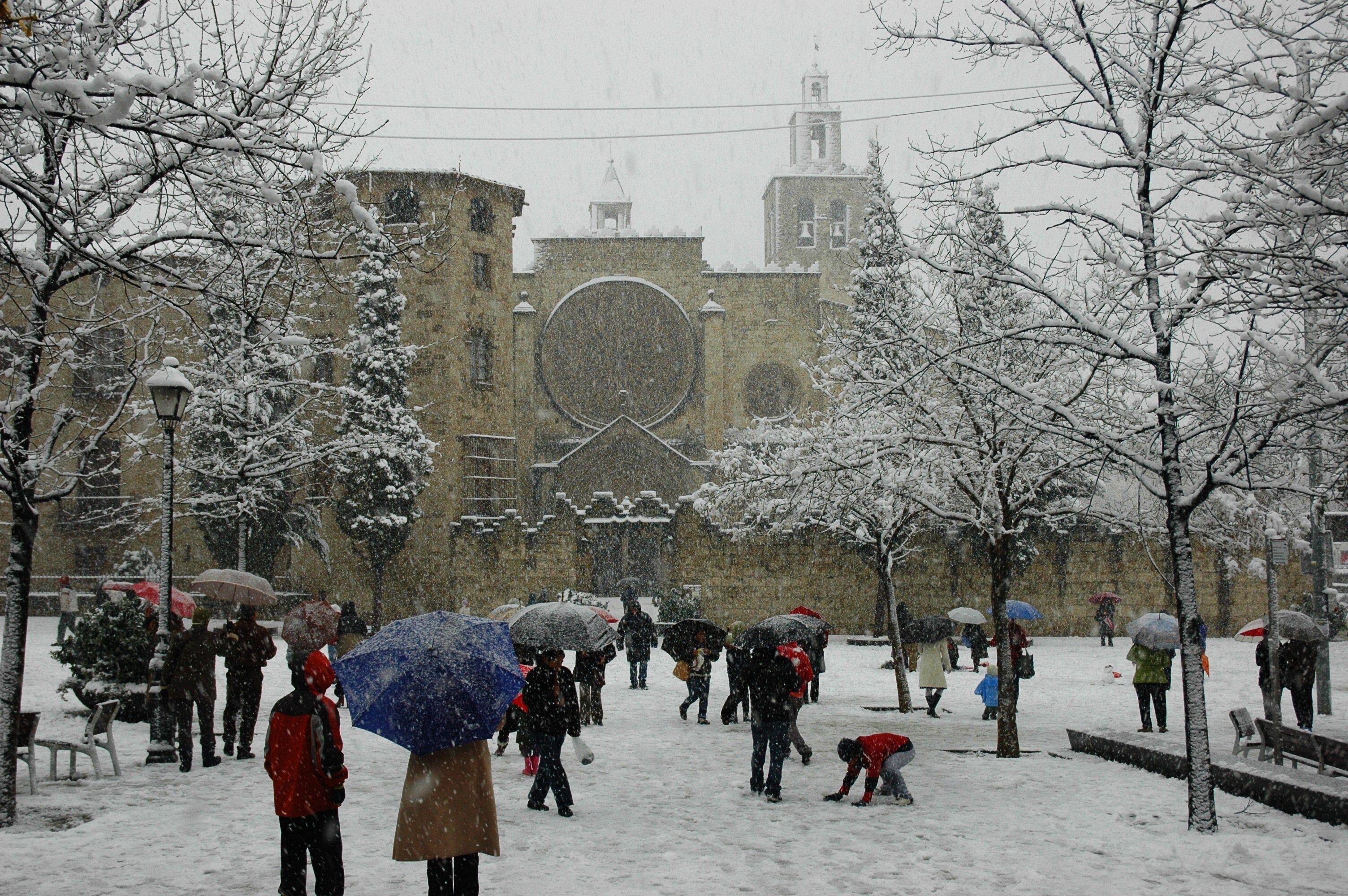 Sant cugat fitxer sant cugat nevada 2010 jpg - Placa barcelona sant cugat ...