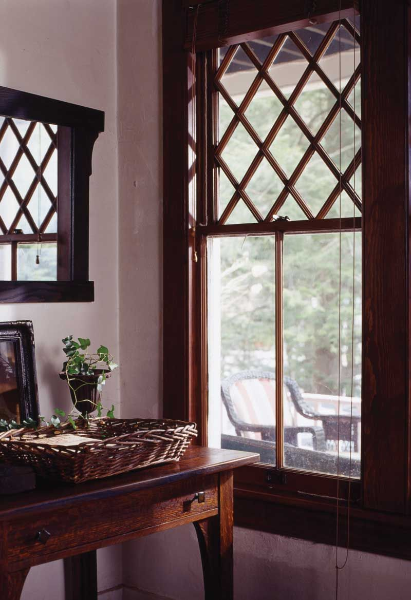 Windows Common To The Arts Crafts Era Arts Crafts Homes And The Revival Home Decor Home N Decor Arts And Crafts House