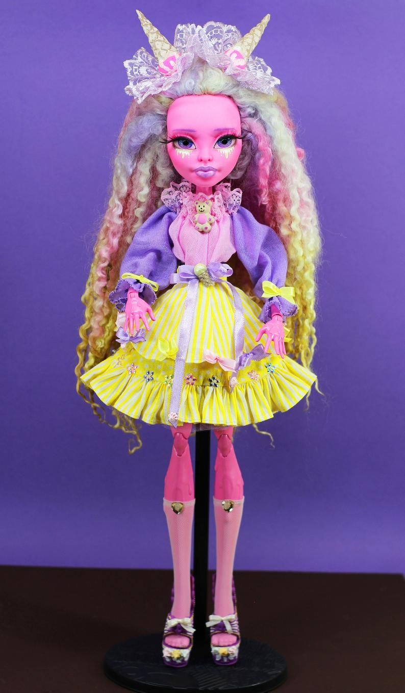 OOAK Monster High repaint doll | Candy girl #ooakmonsterhigh