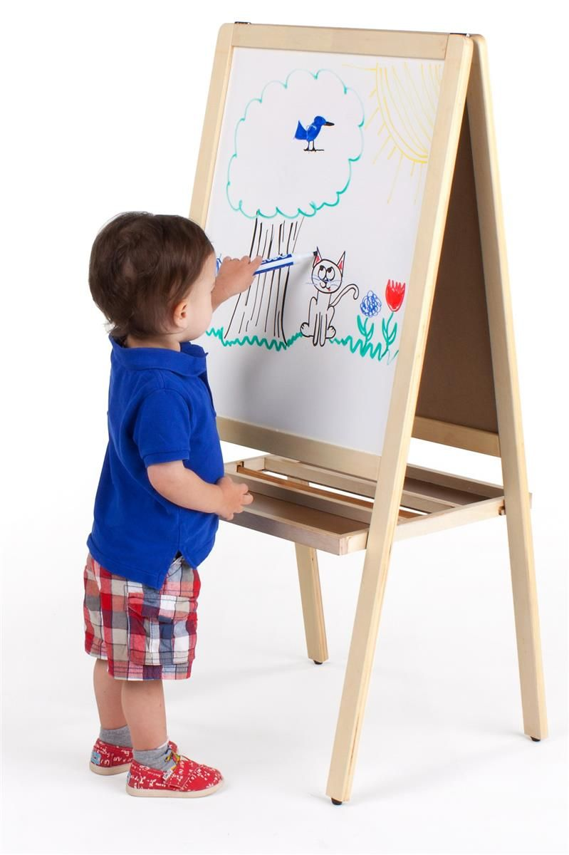 Easel With Magnetic Chalkboard