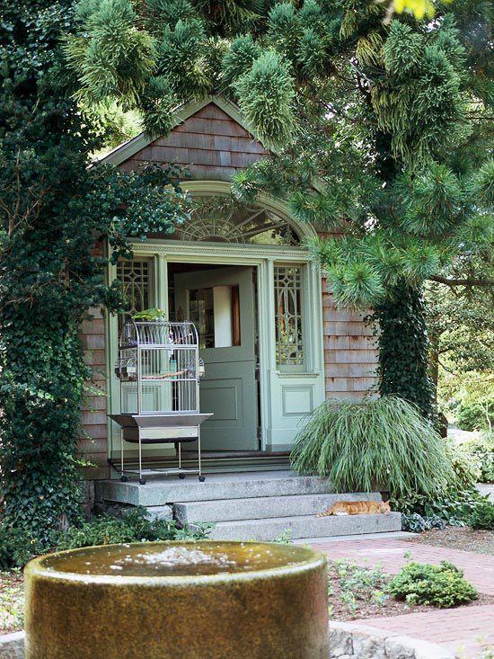 30 Garden Shed Ideas For The Ultimate Outdoor Oasis Cabane Jardin Jardin Maison Abri De Jardin