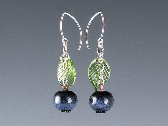 Heidelbeer-Ohrringe in Silber oder gold Ohr-Drähte. Obst, Beeren ...