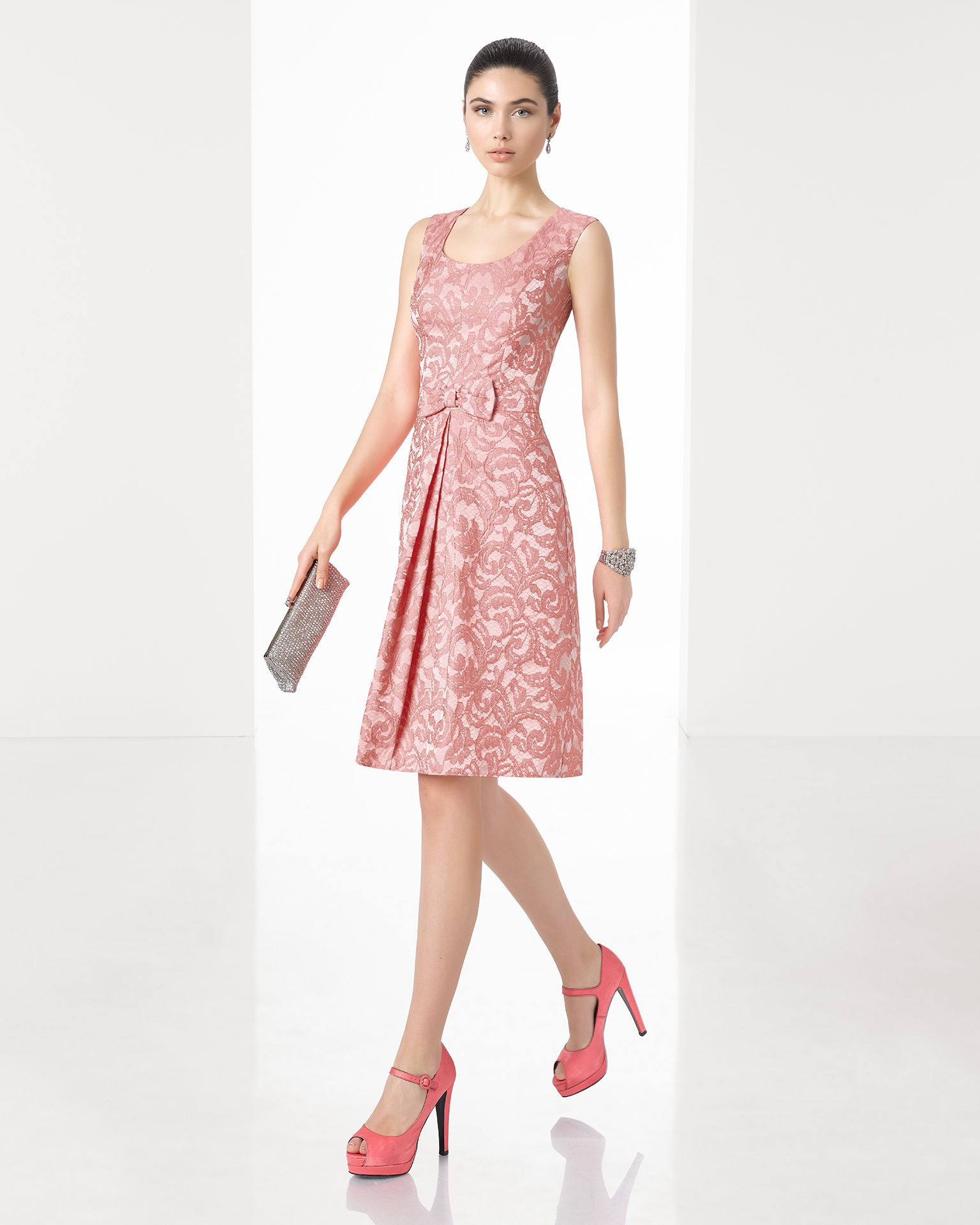 1T1E6 | fashion by نورة ام احمد | Pinterest | Rosa clará, Vestidos ...