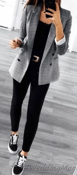 20+ Fashionable Casual Work Outfits You Can Try This Winter