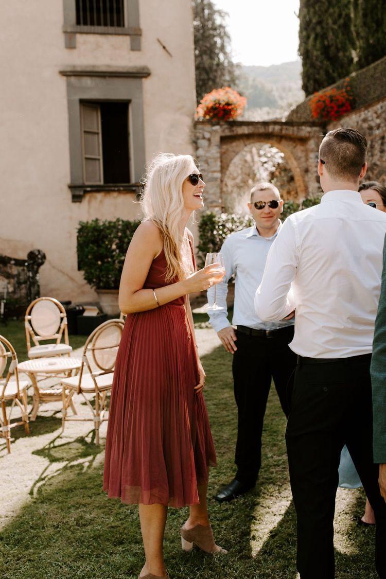 Tuscany Italy Wedding Peyton Rainey Photography Tuscany Italy Wedding Italy Wedding Wedding Guest Style [ 1125 x 750 Pixel ]
