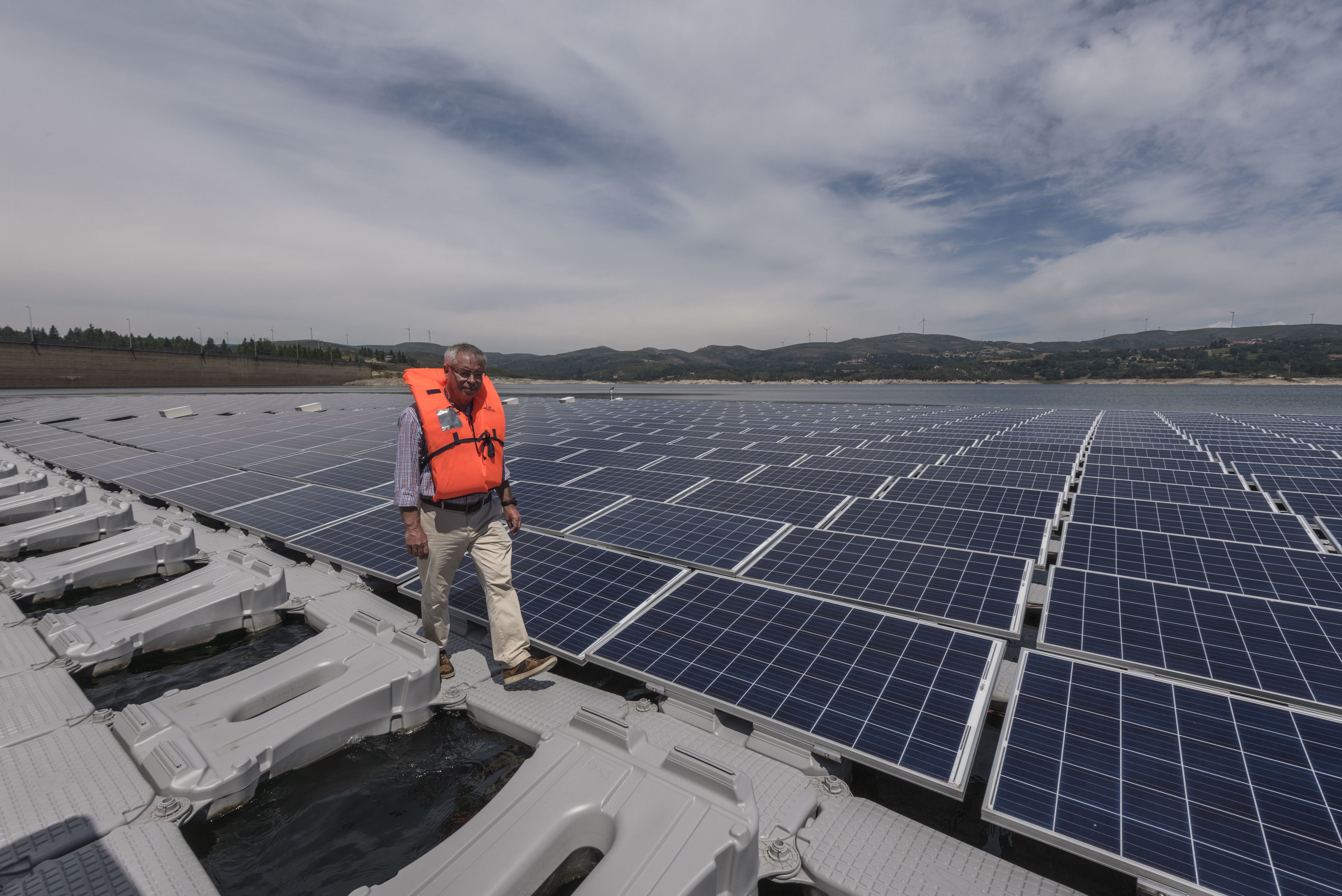 The World S First Power Plant To Combine Hydro And Solar Opens In Portugal Solar Solar Power Plant Solar Power Station