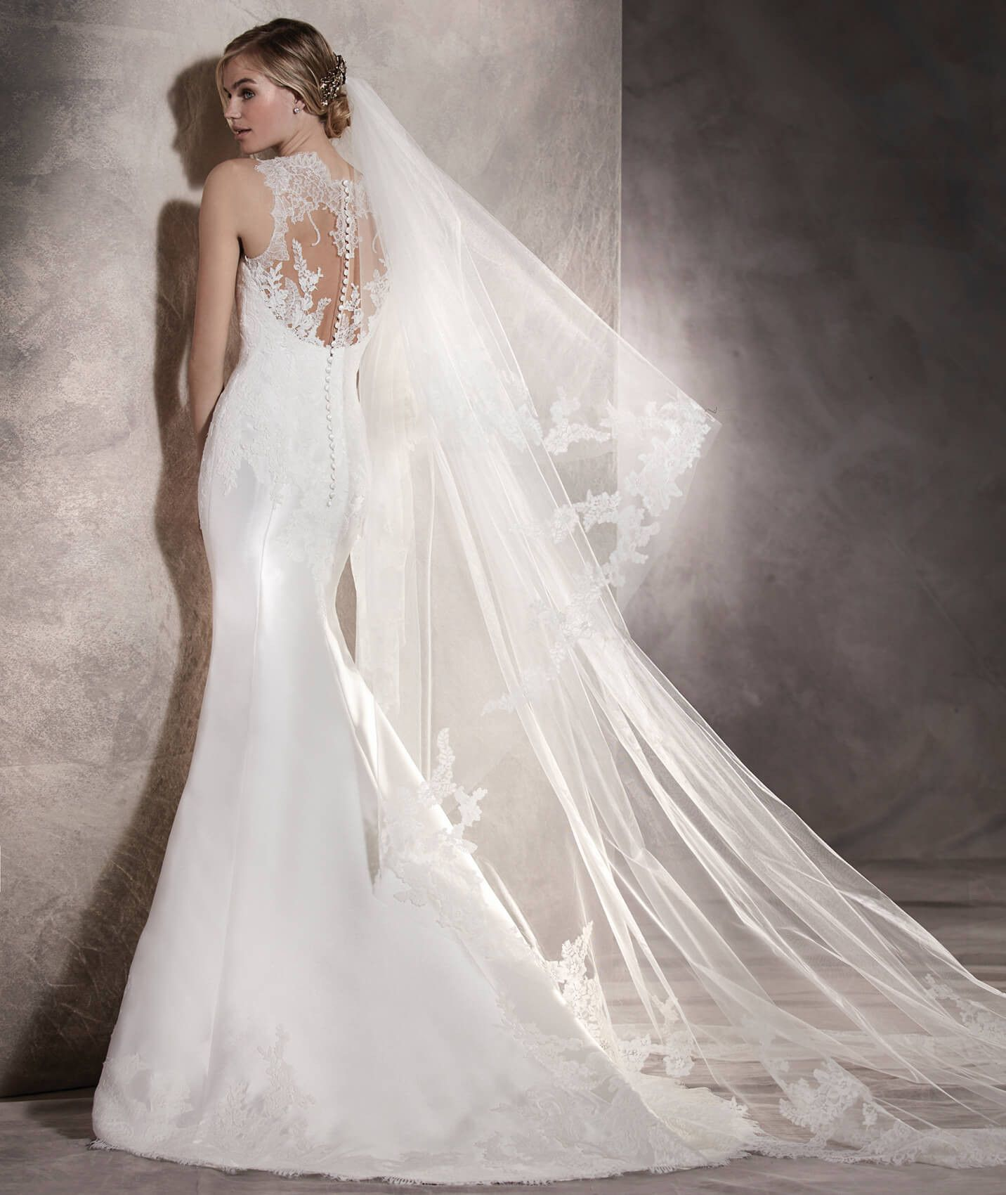 Mermaid Wedding Dress In Mikado, Lace And Tulle
