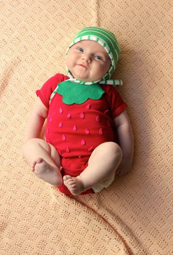 diy fringe 3 d heart diy baby costumeshalloween - Strawberry Halloween Costume Baby