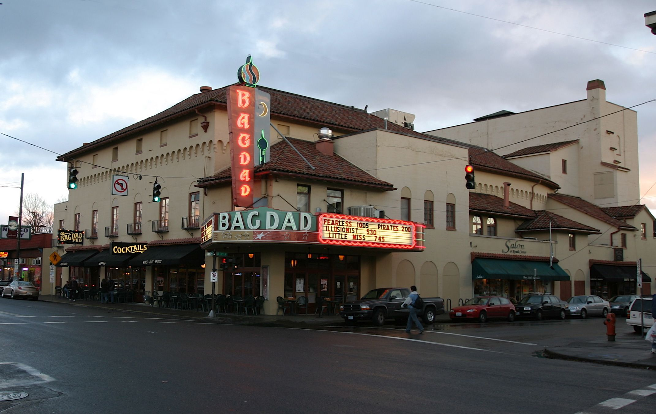 Exceptional The Bagdad! Great Place To Watch A Show And Have A Beer! Portland Oregon