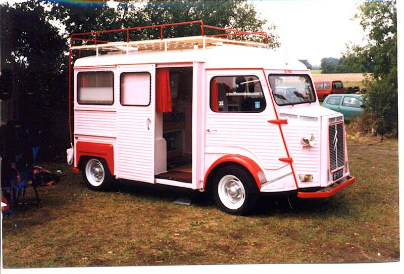 Looks Like A Mail Truck Converted Into A Camper Vintage Campers