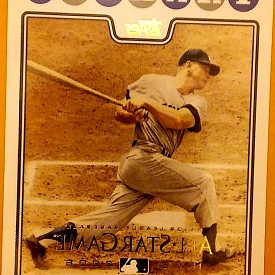 Several Modern Topps Baseball Card Sets Are Missing 7 It S Intended To Be A Tribute To Mickey Mantle One Of The Hobby S Baseball Cards Giants Team Baseball