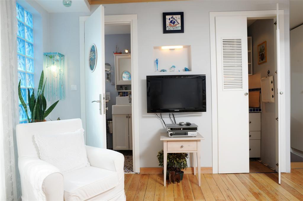 Rental Apartments In Istanbul Cute Studio Apartment In Beyoglu Studio Apartment Apartment Rental Apartments