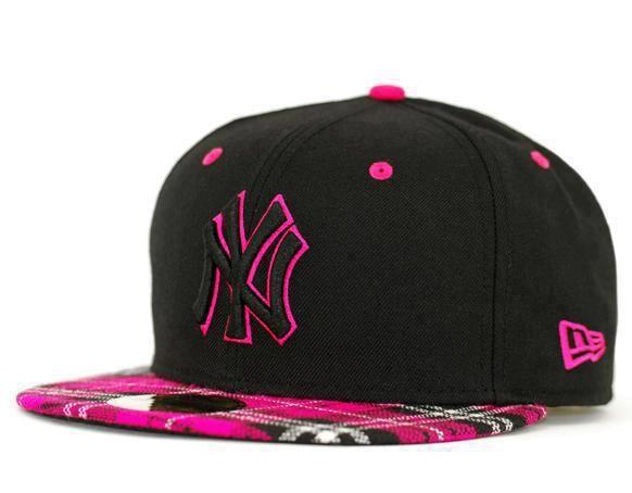 ¿Cómo puedo comprar gorras planas online?