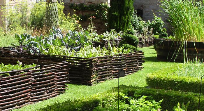 hochbeet Garten Pinterest - ruinenmauer im garten