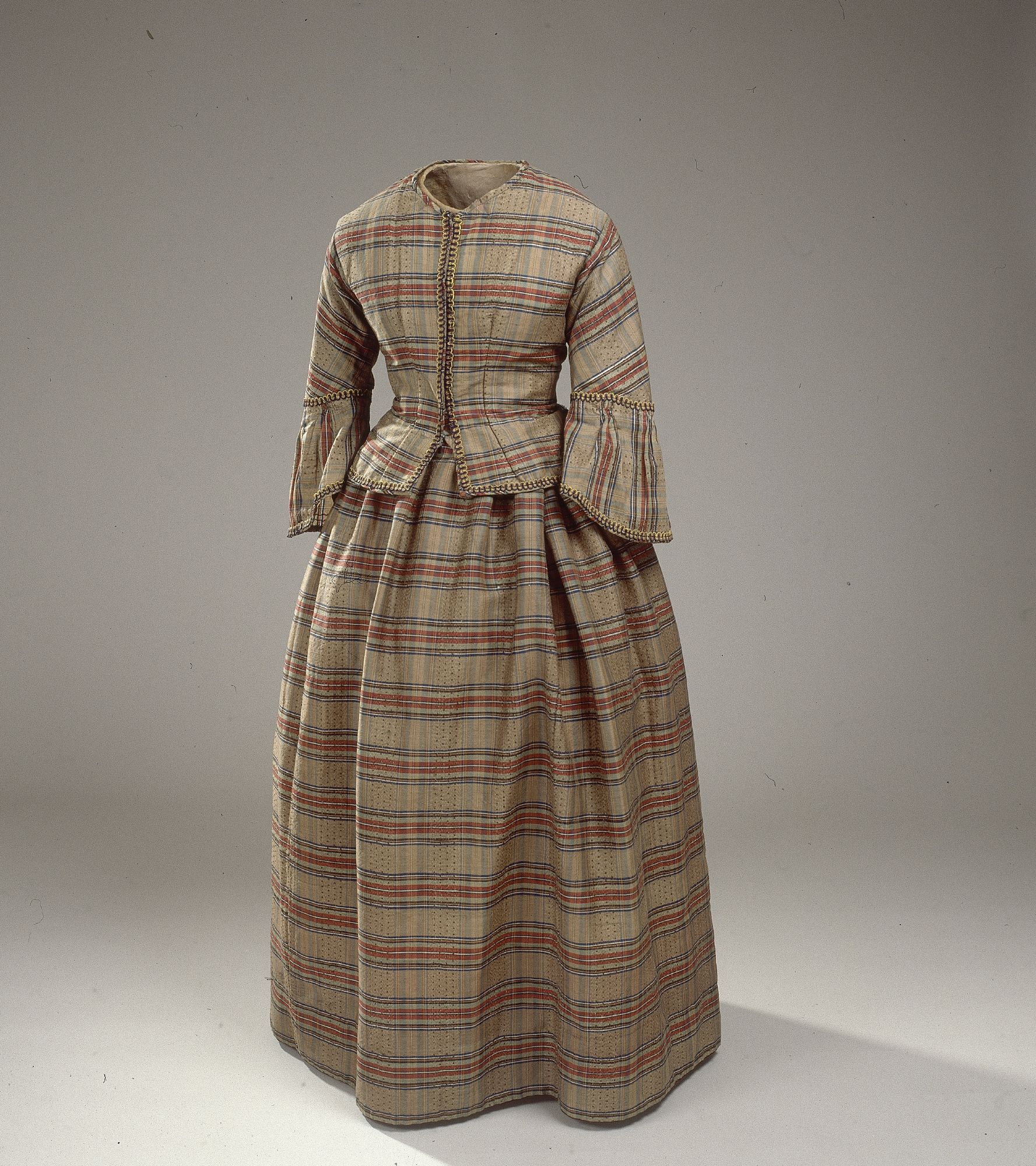 Dress in checkered wool from about 1850. National Museum of Denmark