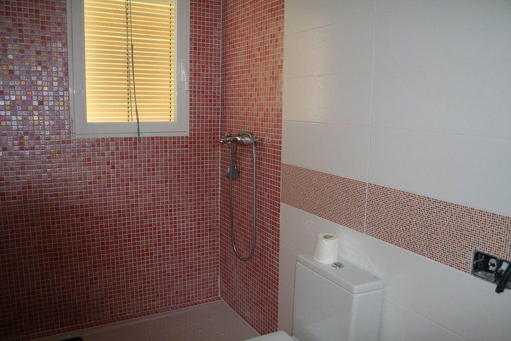resultado de imagen para pisos y azulejos para ba os